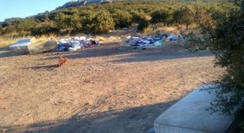Ecologistas denuncian vertedero incontrolado camino Atajo Puertollano