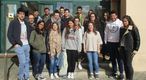 Estudiantes Ingeniería Procesos Químicos Industriales Lugo visitan Sogama