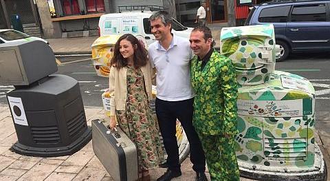 nuevos contenedores Casco Medieval Vitoria refuerzan limpieza ciudad