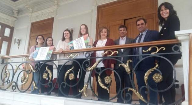 """Palencia entrega premios Concurso educativo """"Separa bien recicla bien"""""""