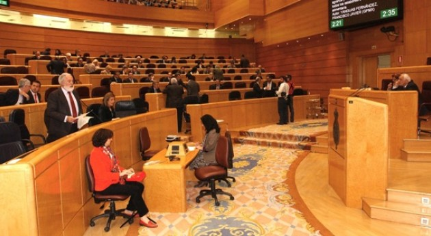 Arias Cañete recuerda que materia residuos actuación Estado se circunscribe promulgar legislación básica y planificación general