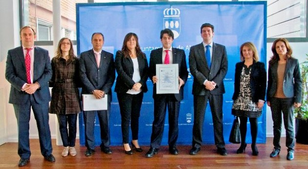 "Alcorcón recibe ASPAPEL certificación ""Tu Papel 21"""