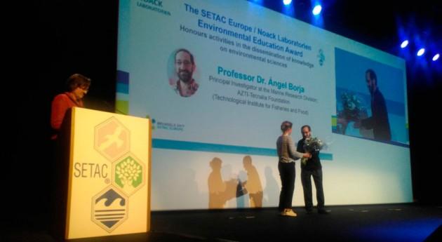 investigador español recibe Premio Europeo Educación Ambiental