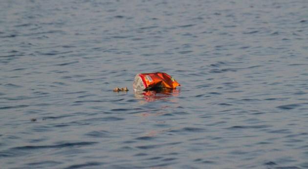 Murcia otorga 50.000 euros cofradías pescadores recogida residuos mar