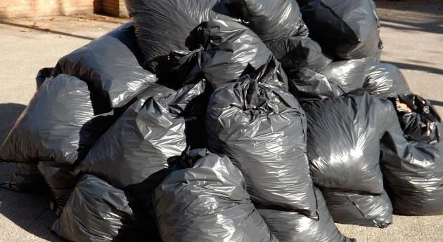 Cada andaluz genera media 1,38 kilos residuos al día