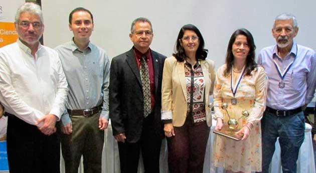 proyecto PET reciclado gana Premio Nacional Investigación Científica