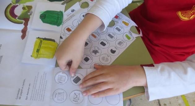 """"""" educación reutilización resulta esencial alcanzar sostenibilidad"""""""