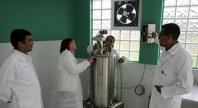 AINIA transfiere equipos y formación puesta marcha planta biogás Perú