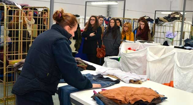 """""""Estamos orgullosos contribuir economía circular recuperación ropa usada"""""""