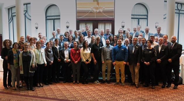 retos sector iluminación materia gestión RAEE, debate