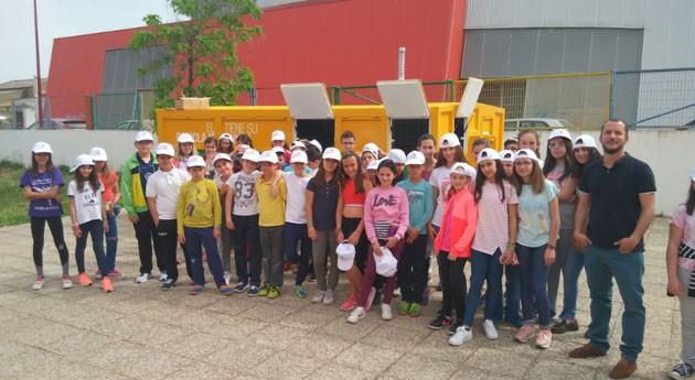 punto limpio móvil PROMEDIO hace parada colegio Herrera Duque