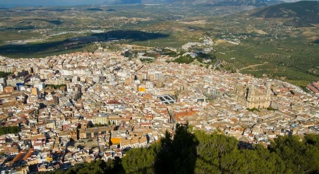 Ecologistas muestra desacuerdo contrato basuras Jaén
