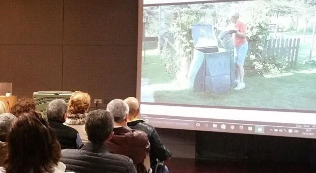 100 familias Marín se forman materia compostaje doméstico Sogama