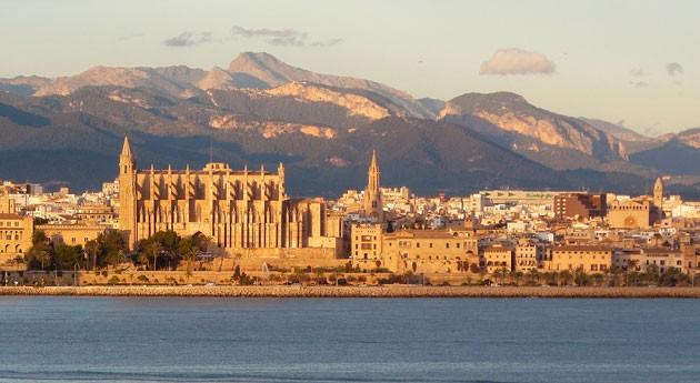 Palma Mallorca renueva contenedores y vehículos recogida residuos toda ciudad
