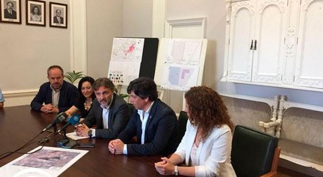 Andalucía invertirá 1,1 millones euros construcción puntos limpios Córdoba