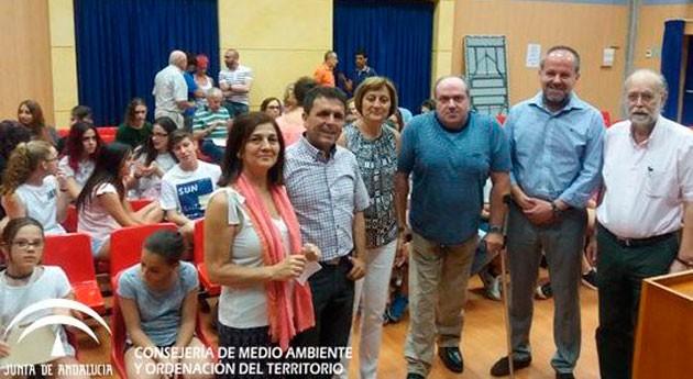 Pequeños y mayores andaluces participan encuentro intergeneracional reciclaje