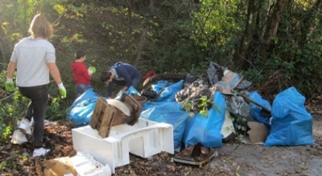 "Retiradas 20 toneladas residuos riberas y cauces Nerbioi-Ibaizabal"""
