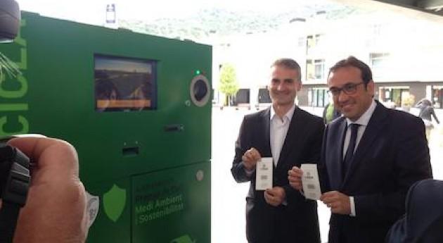 Premià Dalt instala máquinas pioneras que recompensan reciclaje