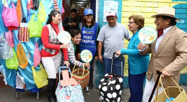 Perú reduce plástico y mejora gestión residuos sólidos 120 días Gobierno