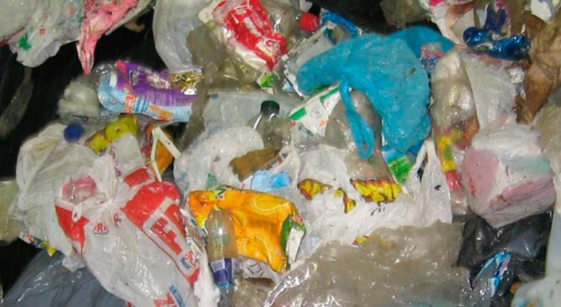Aumenta aporte materiales contenidos bolsa amarilla reciclaje Galicia
