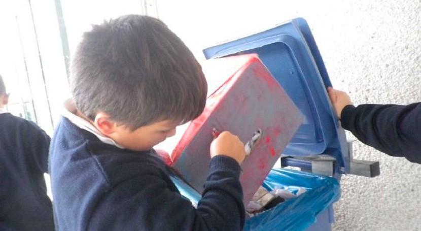 """""""Participar programa nos ha permitido crear conciencia ambiental nuestros escolares"""""""