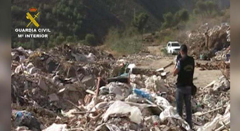 Guardia Civil destapa importante fraude gestión residuos construcción Nerja