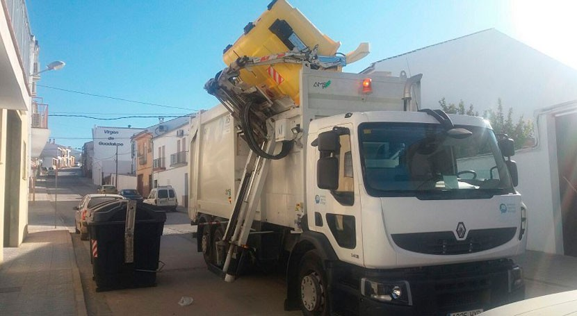 Málaga adquiere 418 nuevos contenedores aumentar recogida envases ligeros