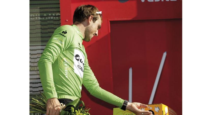AMBILAMP premia conciencia reciclaje lámparas última etapa Vuelta