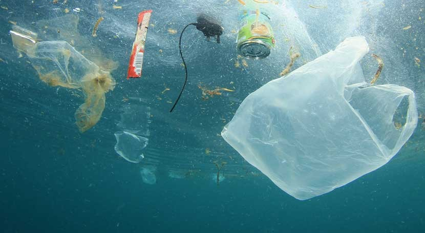 Parlamento Europeo aboga prohibición productos plásticos solo uso
