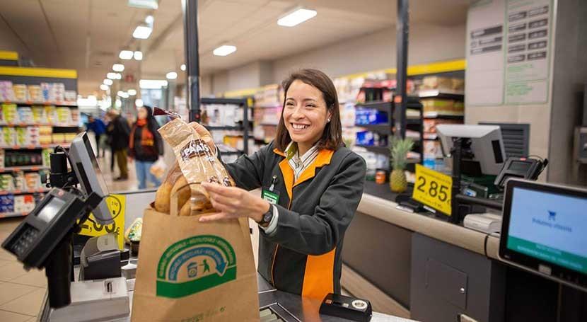 Mercadona sustituirá abril todas bolsas plástico otras papel
