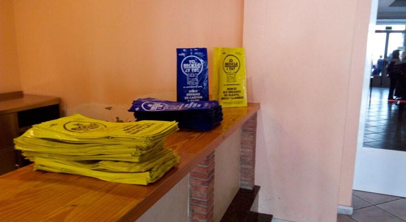 Nules reparte 4.000 bolsas concienciar vecinos importancia reciclaje