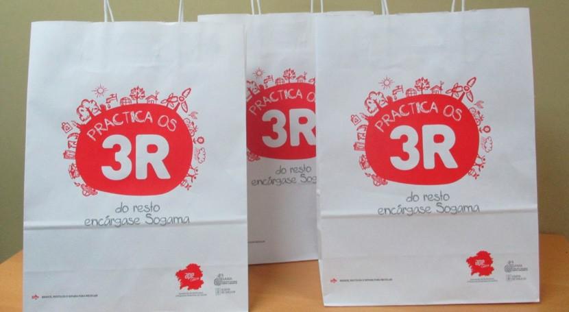 10.000 bolsas papel ecológico concienciar impacto ambiental bolsas plástico