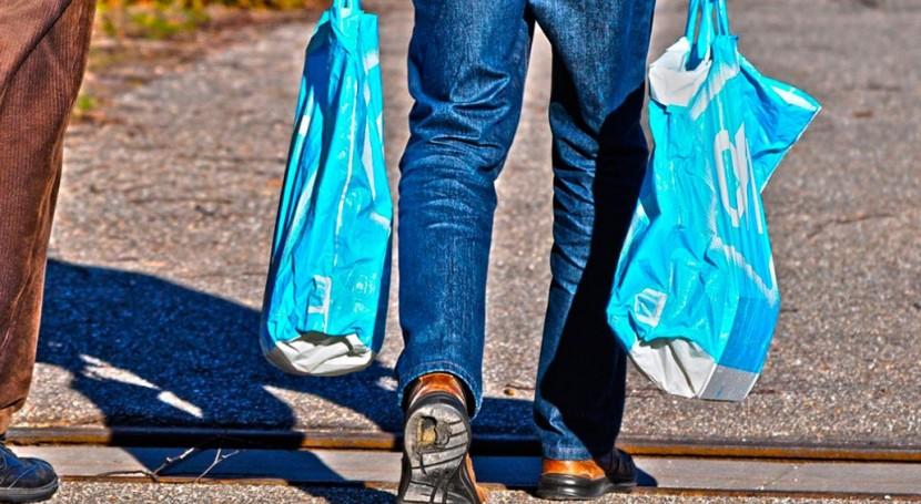 fin bolas plástico gratuitas: ¿Es suficiente medida?