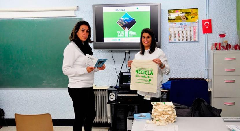 municipios ourensanos reciben visita campaña autonómica reciclaje