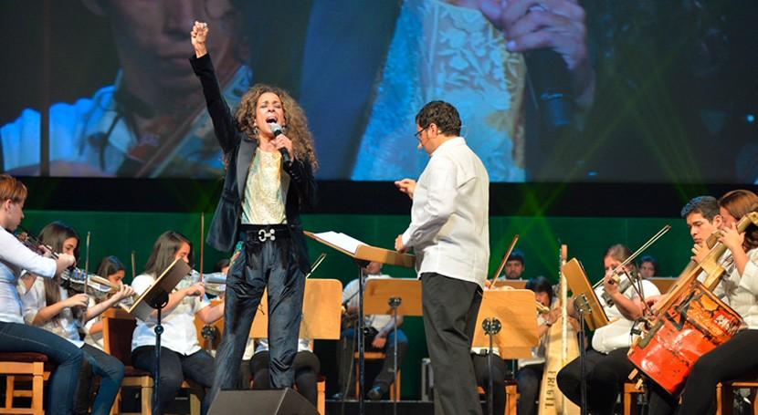 Orquesta Instrumentos Reciclados Cateura vuelve llenar Teatro Real