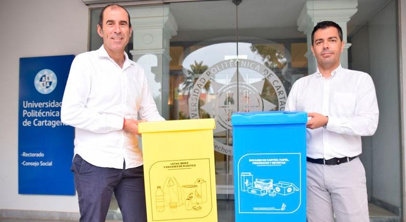 UPCT instala 400 contenedores reciclaje mejorar gestión papel y plástico