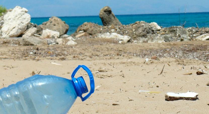 Valencia acoge debate economía circular, ley envases y plásticos mar