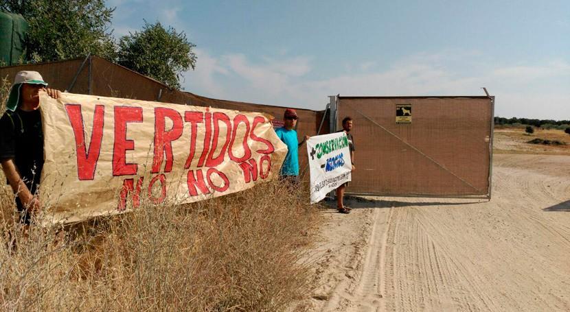 Vertidos tierras finca protegida Madrid: Ecologistas Acción exige paralización