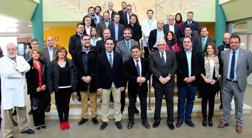 Andalucía anima empresas sector plástico formar clústers