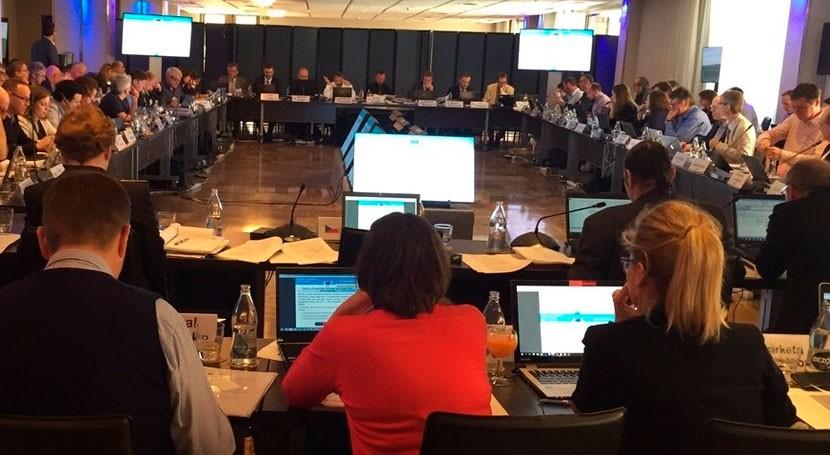 FER participa reunión final revisión BREF Sevilla