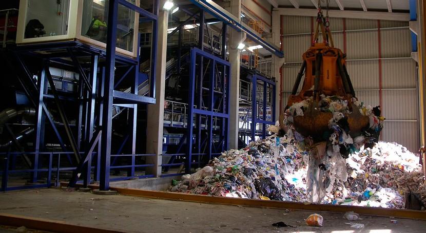 Cataluña mejorará tratamiento residuos Santa Coloma Farners y Boadella i Escaules