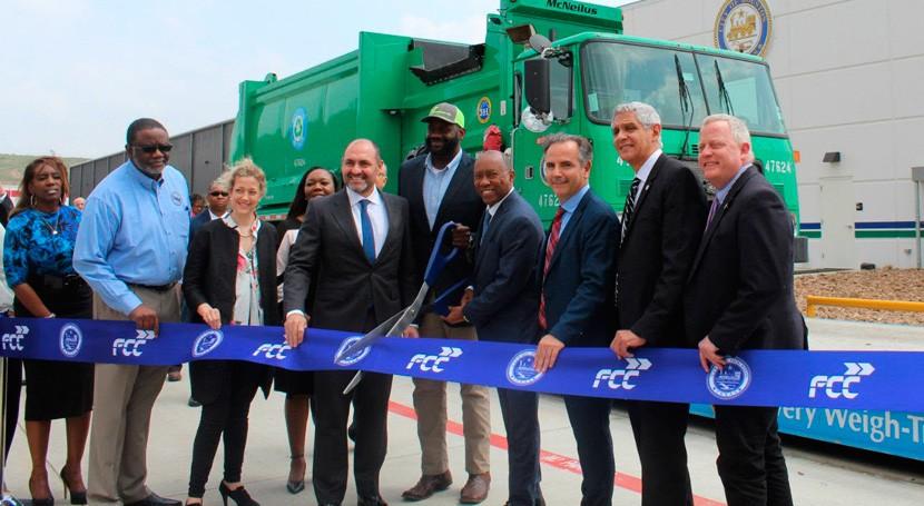 FCC realiza inauguración oficial planta reciclaje Houston