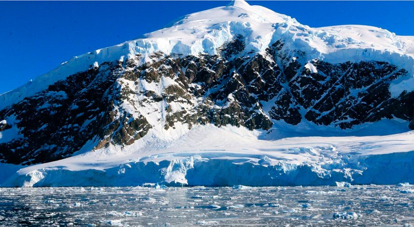Microplásticos agua dulce Antártida: estudio reciente muestra presencia