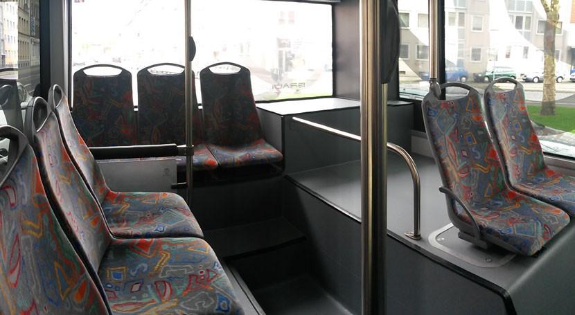 Nuevos paneles biodegradables autobuses partir residuos industria papelera