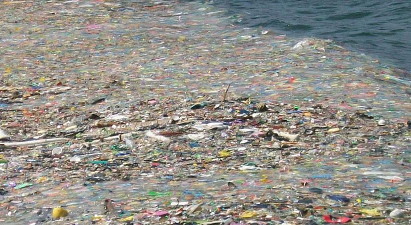 Pacífico norte alberga isla 100 millones toneladas desechos plásticos