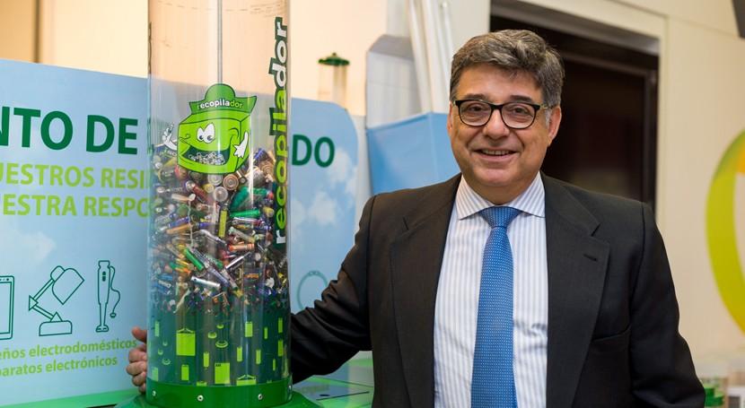 Ecopilas asesora al gobierno Montenegro desarrollo sistema reciclaje pilas