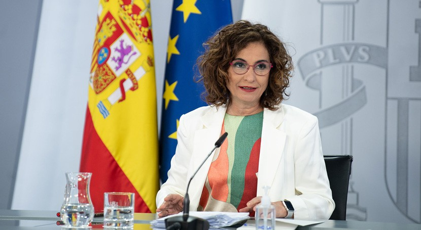 España incluye ley residuos nuevos impuestos plásticos solo uso