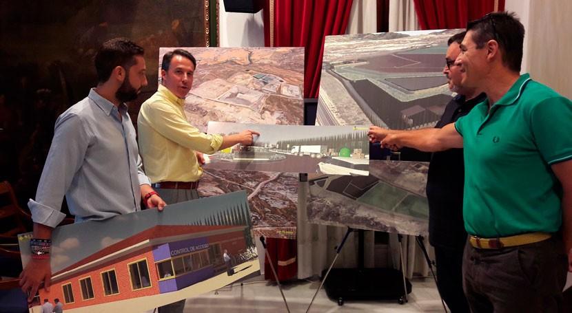 Lorca destina 3,6 millones euros mejorar centro gestión residuos Barranco Hondo