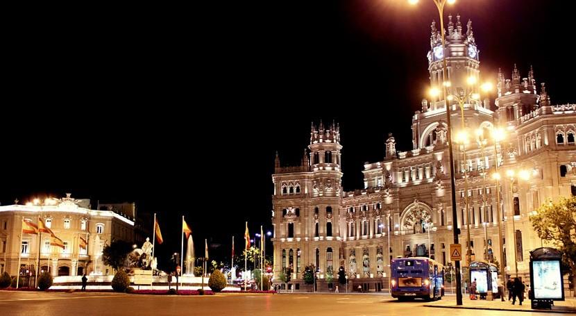 RECICLA NOCHE, campaña que promueve mejorar reciclaje zonas ocio Madrid