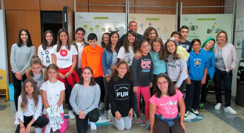 Más 70 escolares Baiona visitan complejo medioambiental Sogama Cercerda